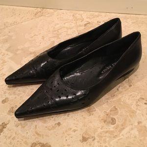 D'OGGI DESSA Black Leather Pointy Toe Ballet Flats